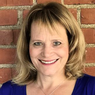 Andrea Fernandez, Branch Manager