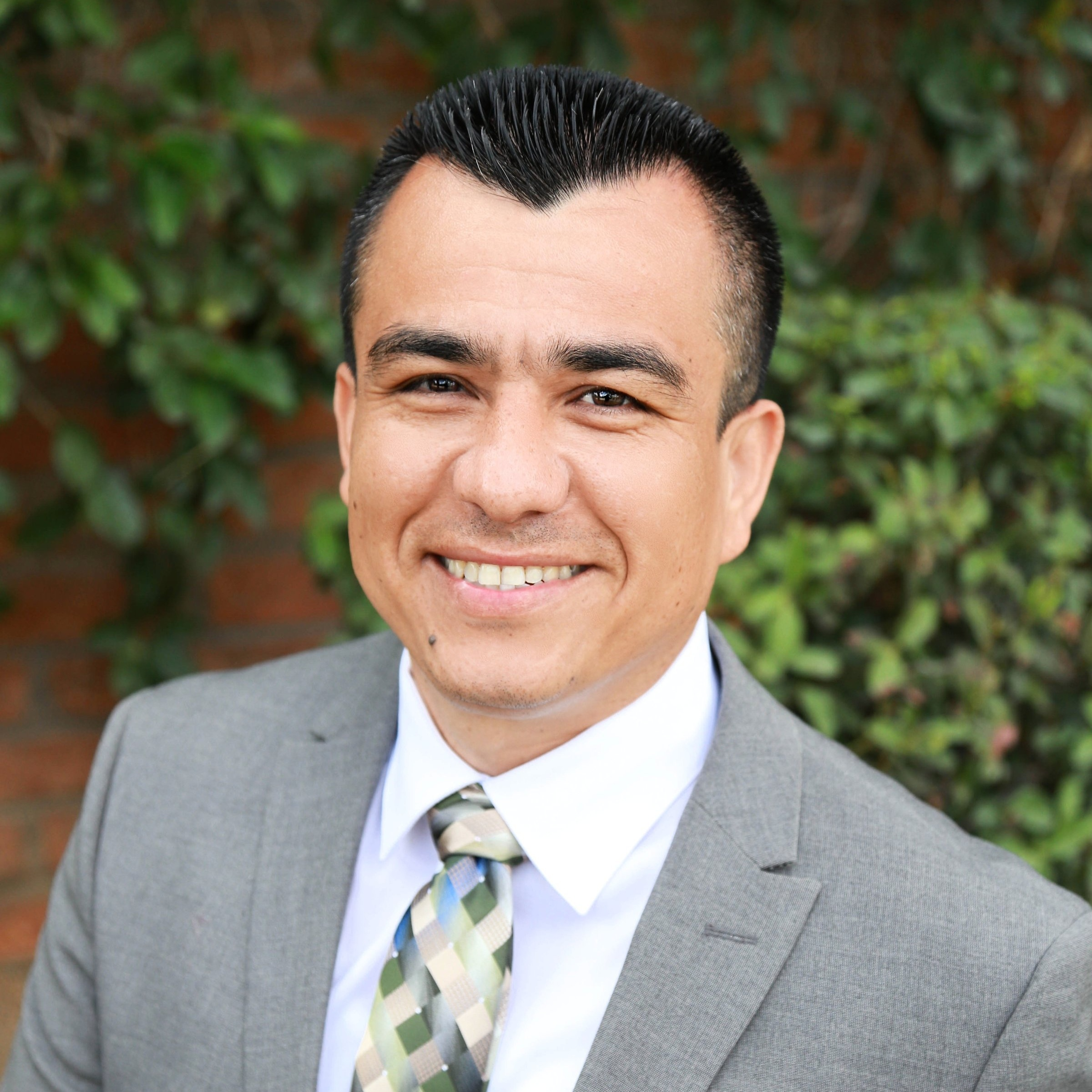 Miguel Avalos, Mortgage Consultant
