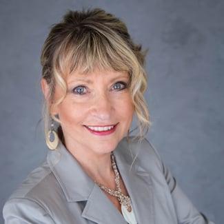 Teresa Lunde, Loan Advisor