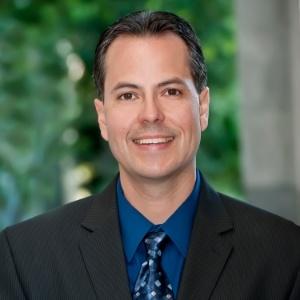 Adrian Petersen, Loan Advisor