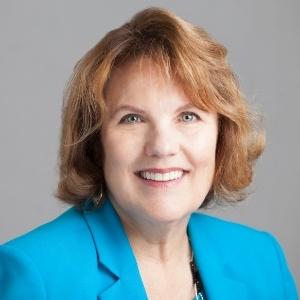 LaRae Verhoek, Branch Manager