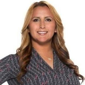 Myra Alvarez, Loan Advisor