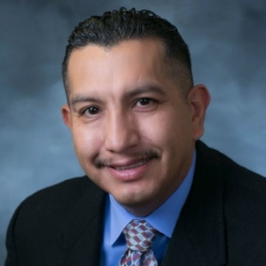 Oscar Mora, Sales Manager | Loan Advisor