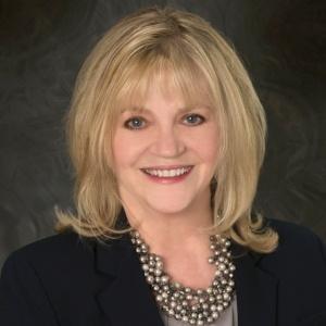 Shauna Schraft, Sales Manager