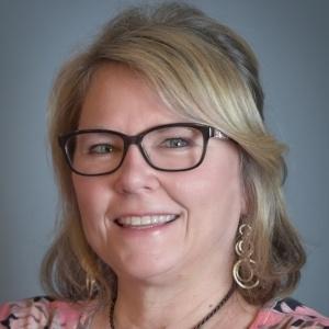 Vicky Jacobson, Loan Advisor
